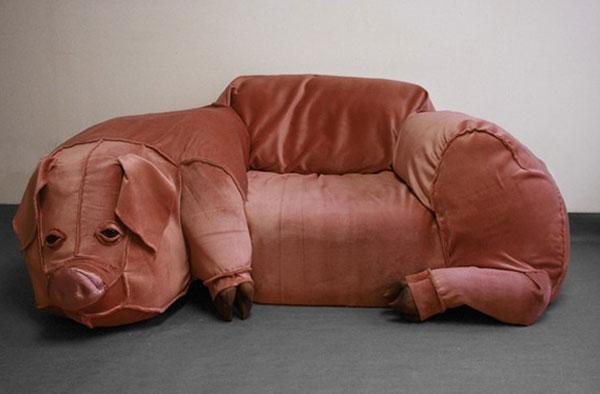 Hillhock-pig-couch